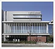 八尾図書館